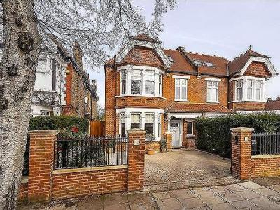 Stanway Gardens, Acton, W3 - Gym