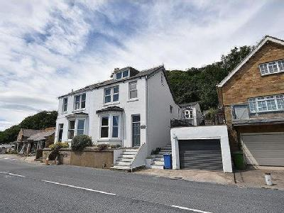 Sandsend, Whitby - Semi-Detached