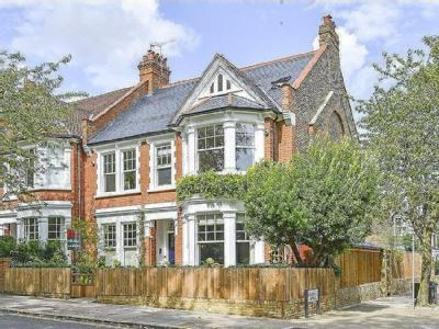 Kingswood Avenue, Queen's Park, London, NW6