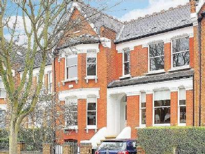 Muswell Avenue, Muswell Hill, London, N10