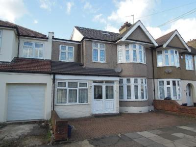 Meadway, Ilford IG3 - Terraced, Patio