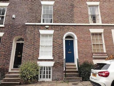 House to let, Mount Street - Terraced