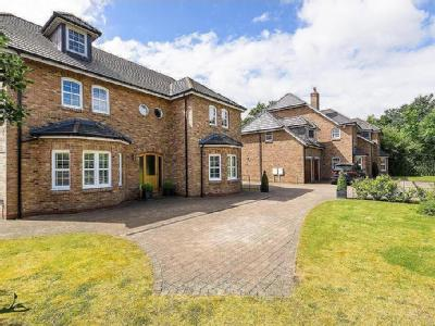 Wainstones Court, Yarm - Detached