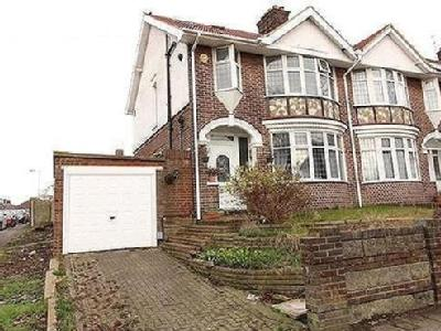 6 bedroom house for sale - Patio