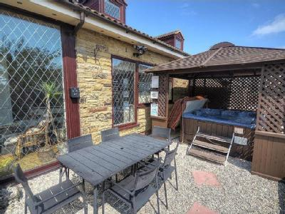 House for sale, Olivers Mount
