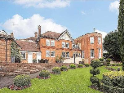Stanmore Hill, Stanmore, Middlesex, HA7