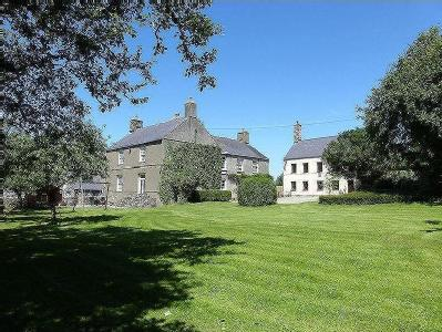 House for sale, Llandwrog - Listed