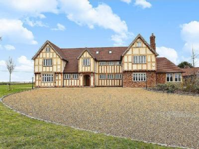 Winkfield, Berkshire, SL4 - Detached
