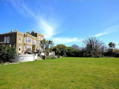 Fort Road, Broadstairs, Kent - Listed