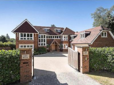 Gregories Road, Beaconsfield, Buckinghamshire, HP9