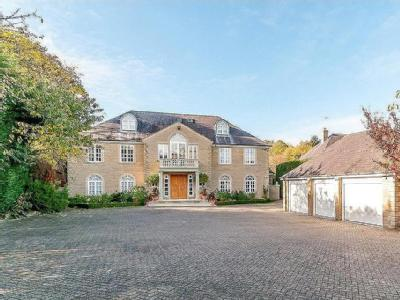 Chase House, 2 Wigton Chase, Alwoodley, West Yorkshire, LS17