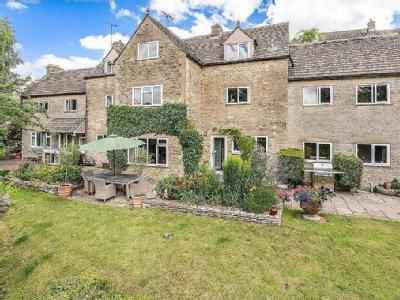 Black Horse Hill, Tetbury - Detached