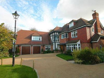 Cleopatra Close, Stanmore, Middlesex HA7
