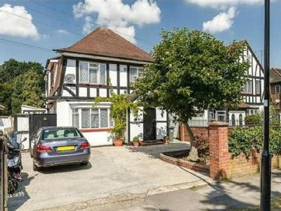 Firs Drive, Hounslow, Greater London TW5