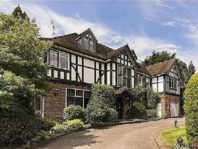 Uphill Road, London NW7 - Detached