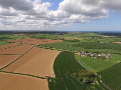 221 acre farm between Padstow and  Wadebridge PL27