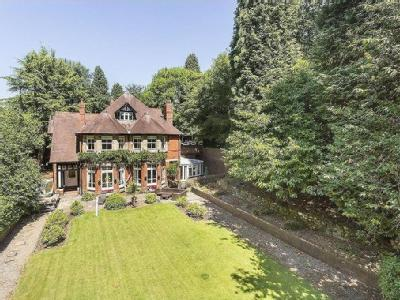 House for sale, Hayes Bank - No Chain