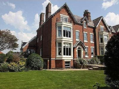 Lowther Terrace, Lytham St. Annes, FY8