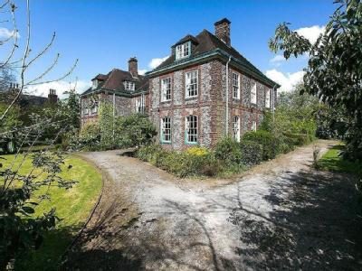 House for sale, Park Road - Listed
