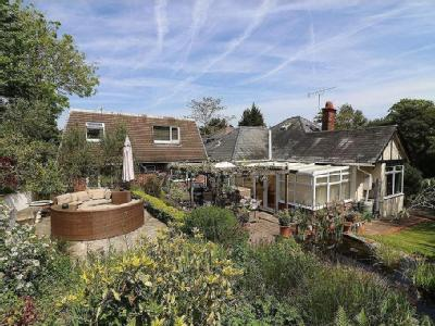 House for sale, Satchell Lane - Patio