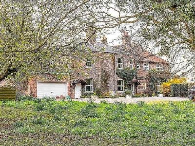 Hirst Road, Chapel Haddlesey, Selby, North Yorkshire, YO8