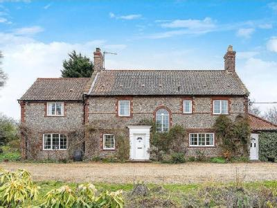 House for sale, High Kelling