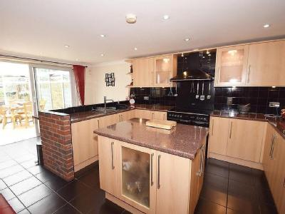 House for sale, Rochester Road
