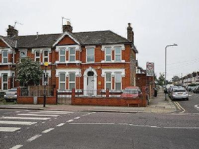 Brooks Parade, Green Lane, Goodmayes, Ilford IG3