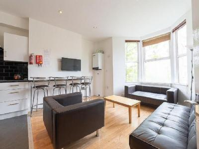 **En-Suite rooms** Simonside Terrace, Heaton, Newcastle Upon Tyne