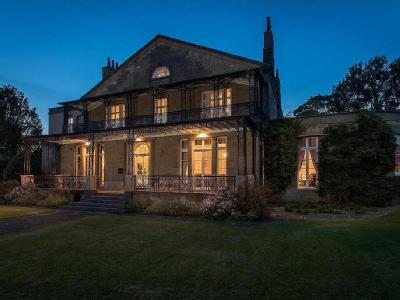 House for sale, The Court - Grade II