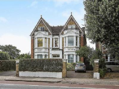 Castelnau, Barnes, London, SW13