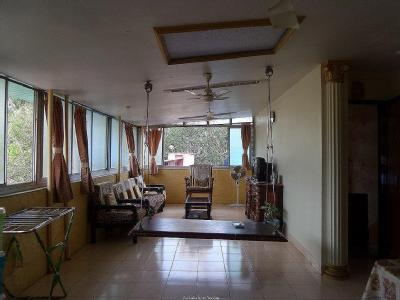 4 Apartments For In Veronica Road With 2 Bhk