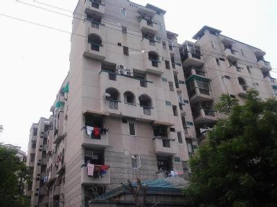 Sector 61, near City Center, noida