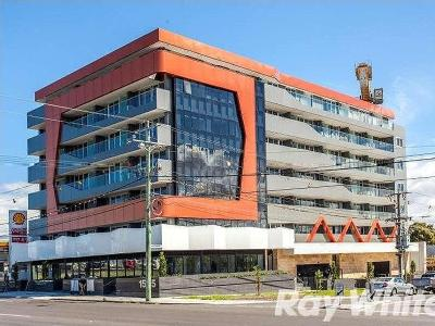 Flat to let Dandenong Rd - Balcony