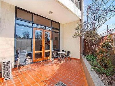 Flat to let Allara Street - Balcony