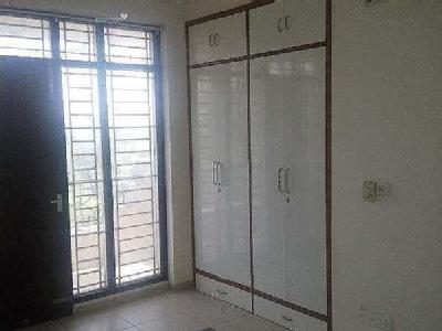 4 BHK Flat to rent, Project - Lift
