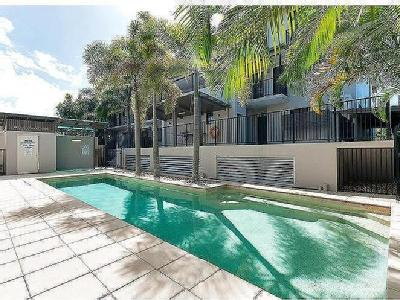 James Street, Cairns 4870, QLD - Flat