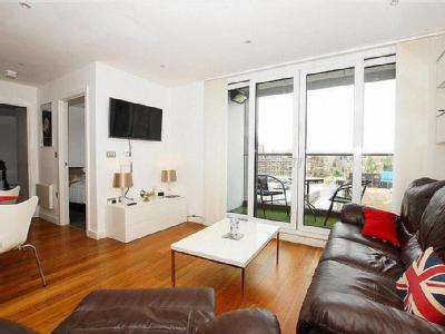 , M4, Manchester - Furnished, Balcony