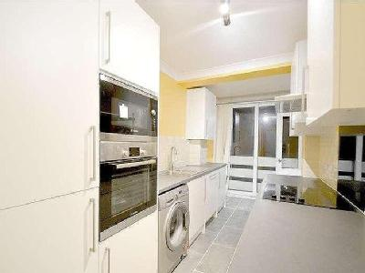 The Pines, Purley, Cr8 - Dishwasher