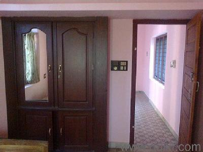 Thrissur, Poothol - New Build, Flat