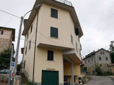 Case E Appartamenti A Pian Del Voglio Immobili In Vendita A Pian Del Voglio Nestoria