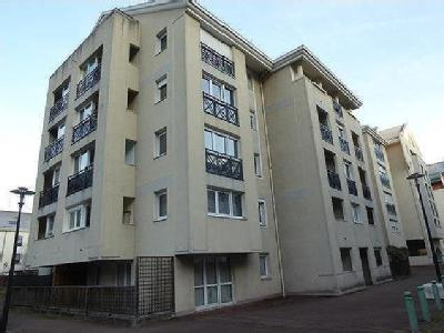 Appartement en location, Chambery - Parking