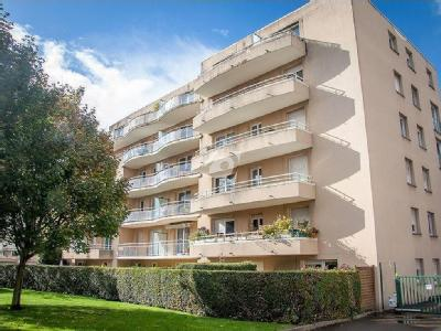 Lille - Parking, Appartement, Balcon
