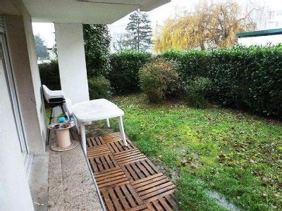 Appartement en location, Tours - Terrasse