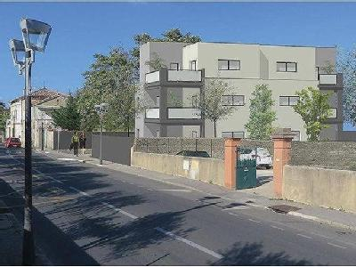 Ales - 30100, Gard - Ascenseur, Appartement