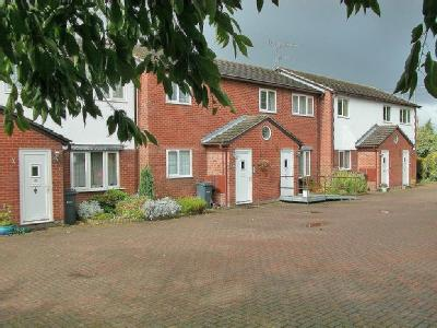 Ashtree Farm Court, Willaston, CH64