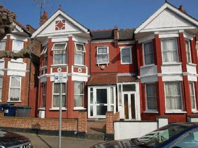 Audley Road, Hendon, NW4 - Reception