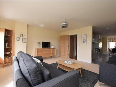 Avon Valley Garden,  Bristol , BS31