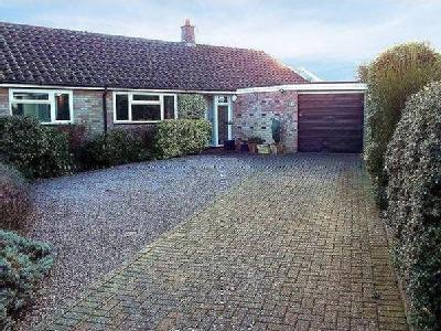 Beauchamp Close,  Chedgrave, NR14