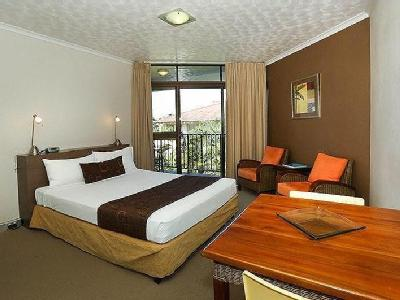@ 63-64 The Strand, Waters Edge Motel, Townsville City